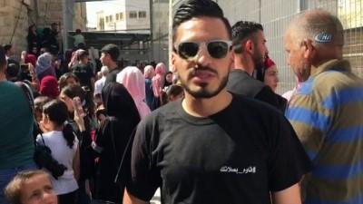 - El Halil Camii Katliamı'nı unutturmak istemeyen Filistinlilerden 'Namazla Diren' protestosu