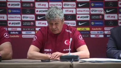 Türkiye-Tunus milli maçına doğru - Lucescu ve Ayhan - CENEVRE