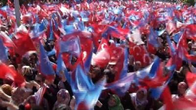 Başbakan Yıldırım: 'CHP'nin iki tane genel başkanı var'
