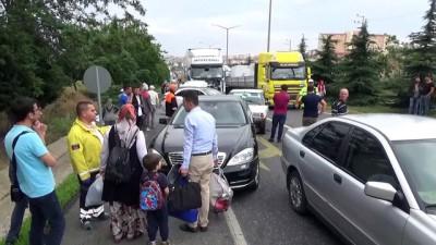 Uşak'ta zincirleme trafik kazası: 6 yaralı