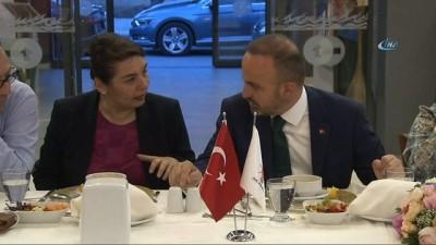 """AK Parti Grup Başkanvekili Turan: """"Kılıçdaroğlu'ndan biz istifa etmesini asla beklemiyoruz"""""""