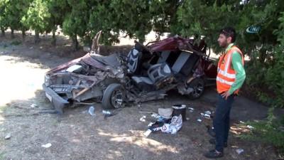 Otomobil sürücüsü direksiyon hakimiyetini kaybetti: 1'i bebek, 2 kişi hayatını kaybetti