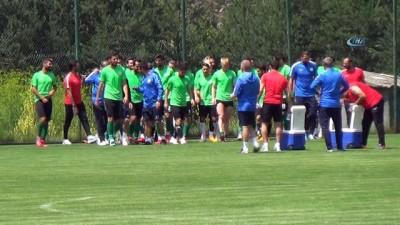 Konyaspor Teknik Direktörü Rıza Çalımbay transfer istedi