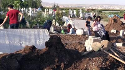 Sulama kanalında boğulan iki kardeşin cenazesi toprağa verildi - BATMAN