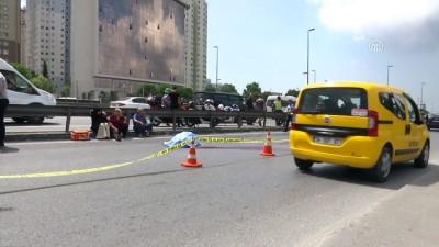 Motosiklet sürücüsü trafik kazasında hayatını kaybetti - İSTANBUL
