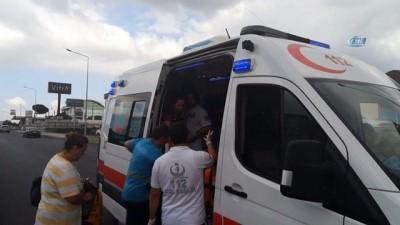 Gebze'de iki servis minibüsü çarpıştı: 3 yaralı