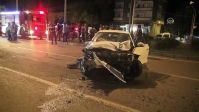 İki otomobil çarpıştı: 1 ölü, 6 yaralı - SAMSUN