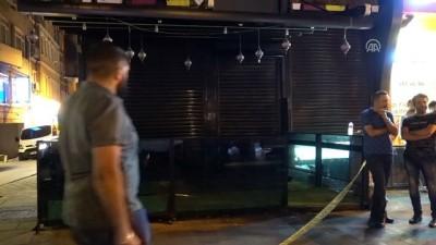 Fatih'de silahlı ve bıçaklı kavga : 1 ölü - İSTANBUL