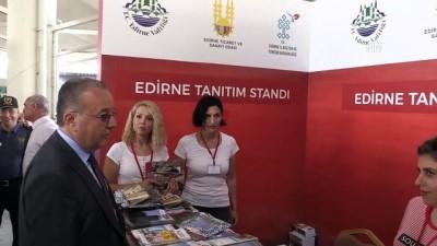 Validen gurbetçilere 'badem ezmesi' ikramı - EDİRNE