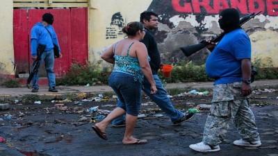 Ortega: Bu bir darbe girişimi, sokaktaki silahlı maskeli kişiler gönüllü polislerimiz