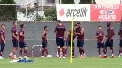 Trabzonspor'un yeni transfer Zagro Toure ilk antrenmanına çıktı