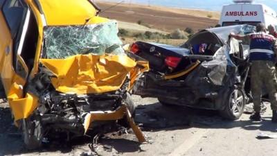 Elazığ'da kazada ölen 3 kişinin kimliği belirlendi
