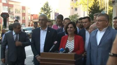 """CHP'li muhalifler toplandı: """"Dilekçelerden henüz yanıt alamadığımız için 630 imza bir şekilde 600'ün altına düşürüldü"""""""