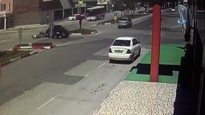 Motor sürücüsü ölümden kıl payı böyle kurtuldu