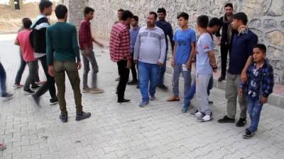 Başkale'de 63 düzensiz göçmen yakalandı - VAN