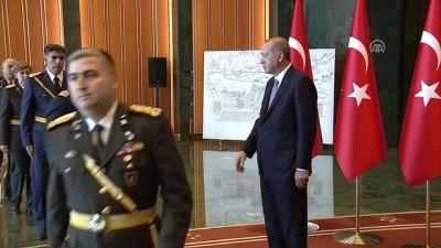 Cumhurbaşkanı Erdoğan 30 Ağustos Zafer Bayramı tebriklerini kabul etti (5) - ANKARA