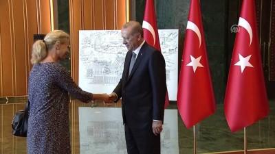 Cumhurbaşkanı Erdoğan 30 Ağustos Zafer Bayramı tebriklerini kabul etti (3) - ANKARA