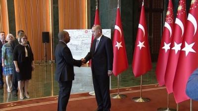 Cumhurbaşkanı Erdoğan, 30 Ağustos Zafer Bayramı tebriklerini kabul etti (2) - ANKARA