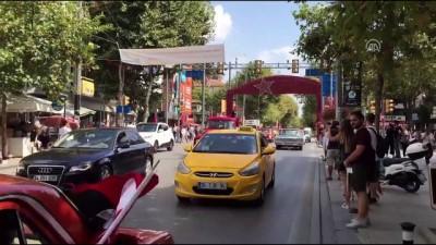 Klasik otomobillerle Formula 1 pistinde zafer turu (2) - İSTANBUL