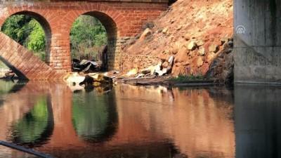 Kimyasal madde yüklü tankerin köprüden düşmesi - KARABÜK