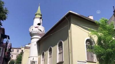 Hasar gören tarihi caminin minaresinin yapımına başlandı - İSTANBUL
