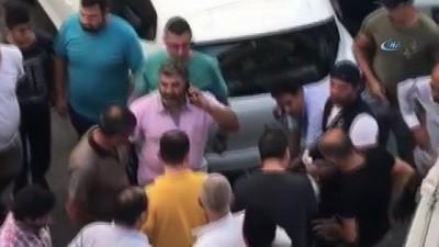 İzmir'de kapkaççıya vatandaşlar geçit vermedi