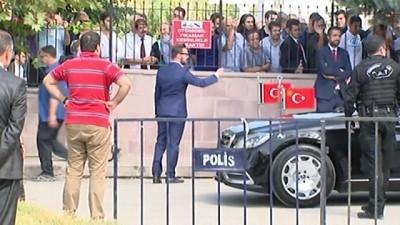 Cumhurbaşkanı Erdoğan Cuma namazını Başyazıcıoğlu Camii'nde kıldı