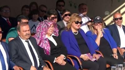 Yüksekovalı kadınlara aşure dağıtıldı - HAKKARİ