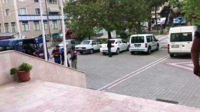 Çaldıkları 250 bin lira değerindeki kabloları gömdükleri yerden çıkarırken suçüstü yakalandılar