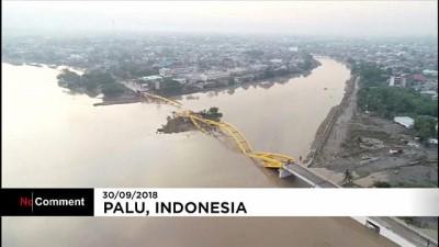 Endonezya'daki deprem ve tsunaminin etkisi 'drone' ile görüntülendi