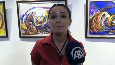Ressam Özmen'in 28. kişisel sergisi Çorum'da açıldı