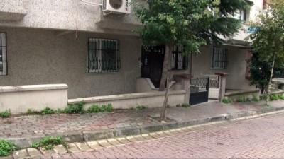 Genç türkücü evinde ölü bulundu