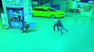 Akaryakıt istasyonunda işlenen cinayet saniye saniye kamerada