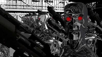 Video   Artık bilim kurgu değil: Katil robotlar cepheye gitmeye hazırlanıyor