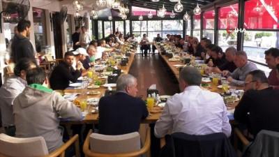Atiker Konyaspor yönetimi ve oyuncular kahvaltıda bir araya geldi