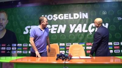 Alanyaspor, Sergen Yalçın'la sözleşme imzaladı - ANTALYA
