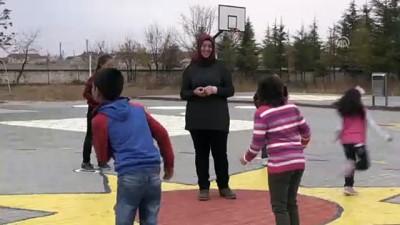 Okul bahçesinde eğlenerek öğreniyorlar - KONYA