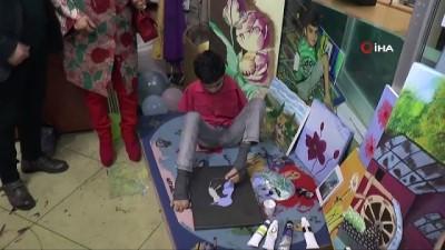 """Sanatçı Safiye Soyman: """"Engelli annesi olarak isyan ediyorum"""""""