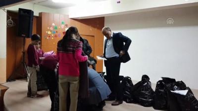'Öğrencilere yardım' karşılığında davasını geri çekti - NİĞDE