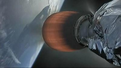 Space X roketi Uluslararası Uzay İstasyonu'ndaki astronotlara Noel yemeği taşıdı