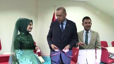 Cumhurbaşkanı Erdoğan, Yunus Emre ve Sümeyye Kurt çiftinin nişan yüzüklerini taktı - KOCAELİ