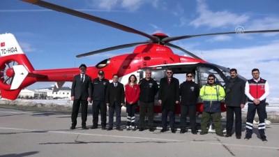 Vali Ayhan, ambulans helikopteri tanıttı - SİVAS