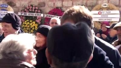Ünlü doktor Mehmet Öz'ün babası Mustafa Öz son yolculuğuna uğurlanıyor