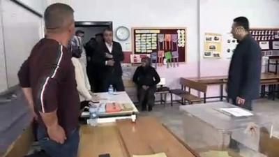 Türkiye sandık başında - Vali Çağatay oyunu kullandı - BİTLİS