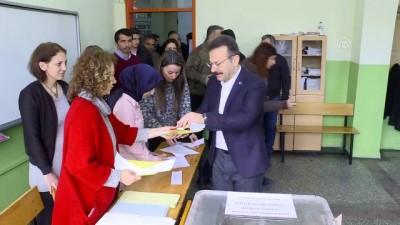 Kocaeli Valisi Hüseyin Aksoy, oyunu kullandı - KOCAELİ