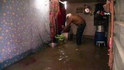 - Suriye'de selin vurduğu mülteciler yaşam mücadelesi veriyor
