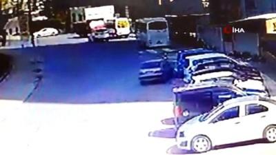Kaza yapan sürücüden ilginç hareketler: Kimlik isteyen polise para uzattı