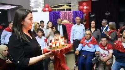 Muğla'da 'engelli askerlere' kına yakıldı