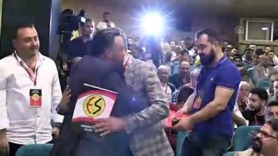Eskişehirspor Kulübünün olağanüstü genel kurulu yapıldı - ESKİŞEHİR