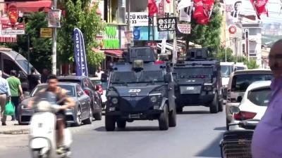 Sultangazi'de Yürüyüş Dergisi'ne operasyon:4 gözaltı